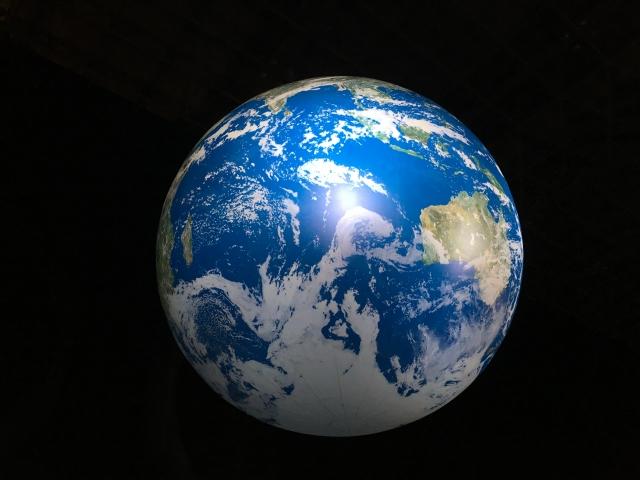 神社・寺 御朱印めぐり.COM【自転・公転の方向は?周期は何日?】「月」「太陽」「地球」の動き方を超簡単に説明!